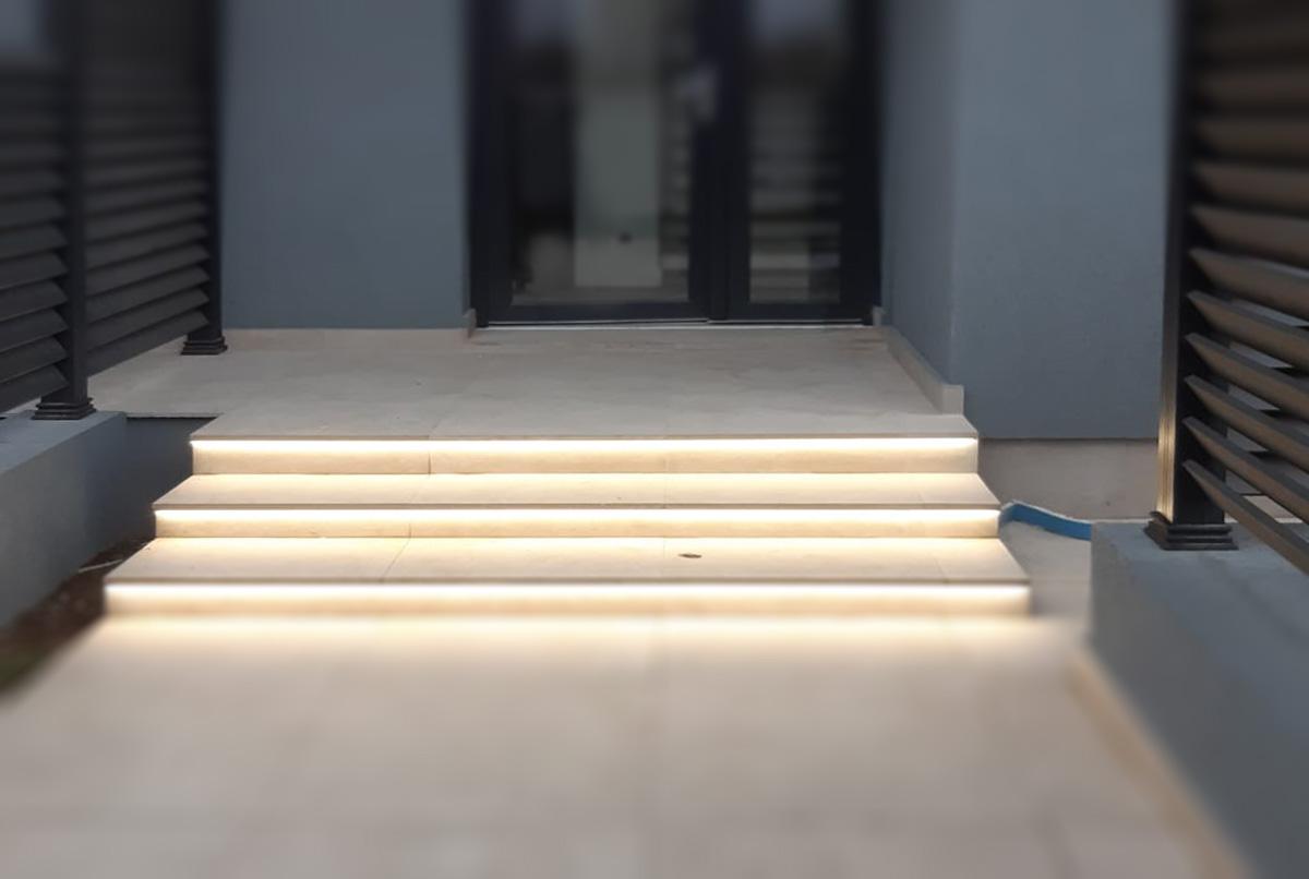 Trepte iluminate - Vila Pipera