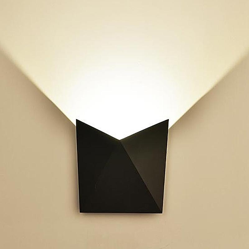 Lampa LED de Perete 5W, Corp Negru, IP65, Lumina Naturala (4000K)
