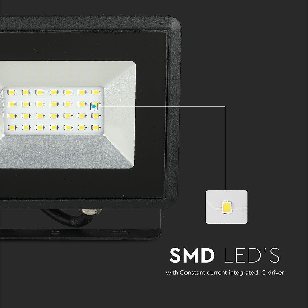 Proiector LED 10W, SMD, Seria-E, Corp Negru, Lumina Naturala