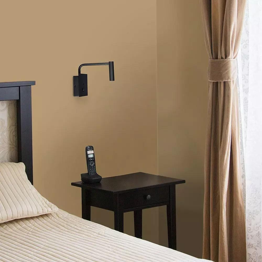 Lampa LED orientabila cu buton ON/OFF si USB,Corp Negru