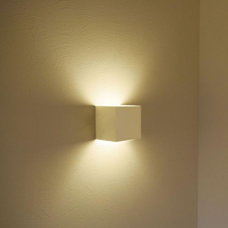 Lampa LED de Perete 12W, Corp Alb Patrat, Cip Bridgelux, Lumina Calda (3000K)