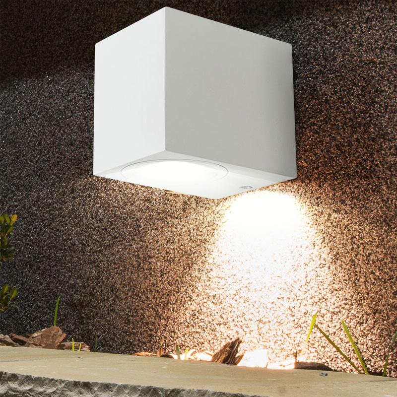 Lampa de Perete Patrata, Corp Alb, Soclu GU10, IP44